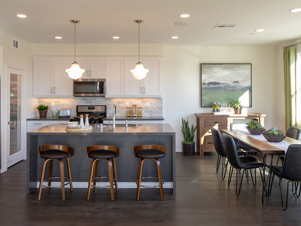 Portola Walk Plan 5: Kitchen/Dining